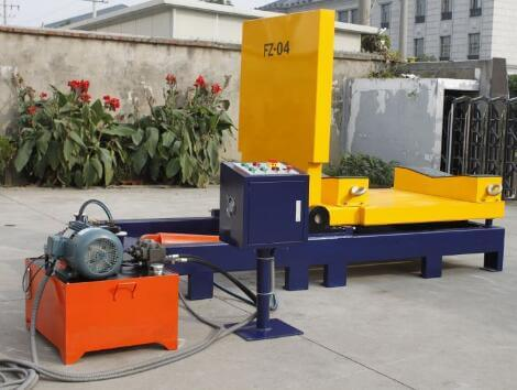 Hydraulic tilter and upender for turning rolls and coils