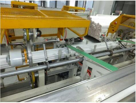 Plastic tube packing line for PVC pipe bundling bagging and strapping or wrapping