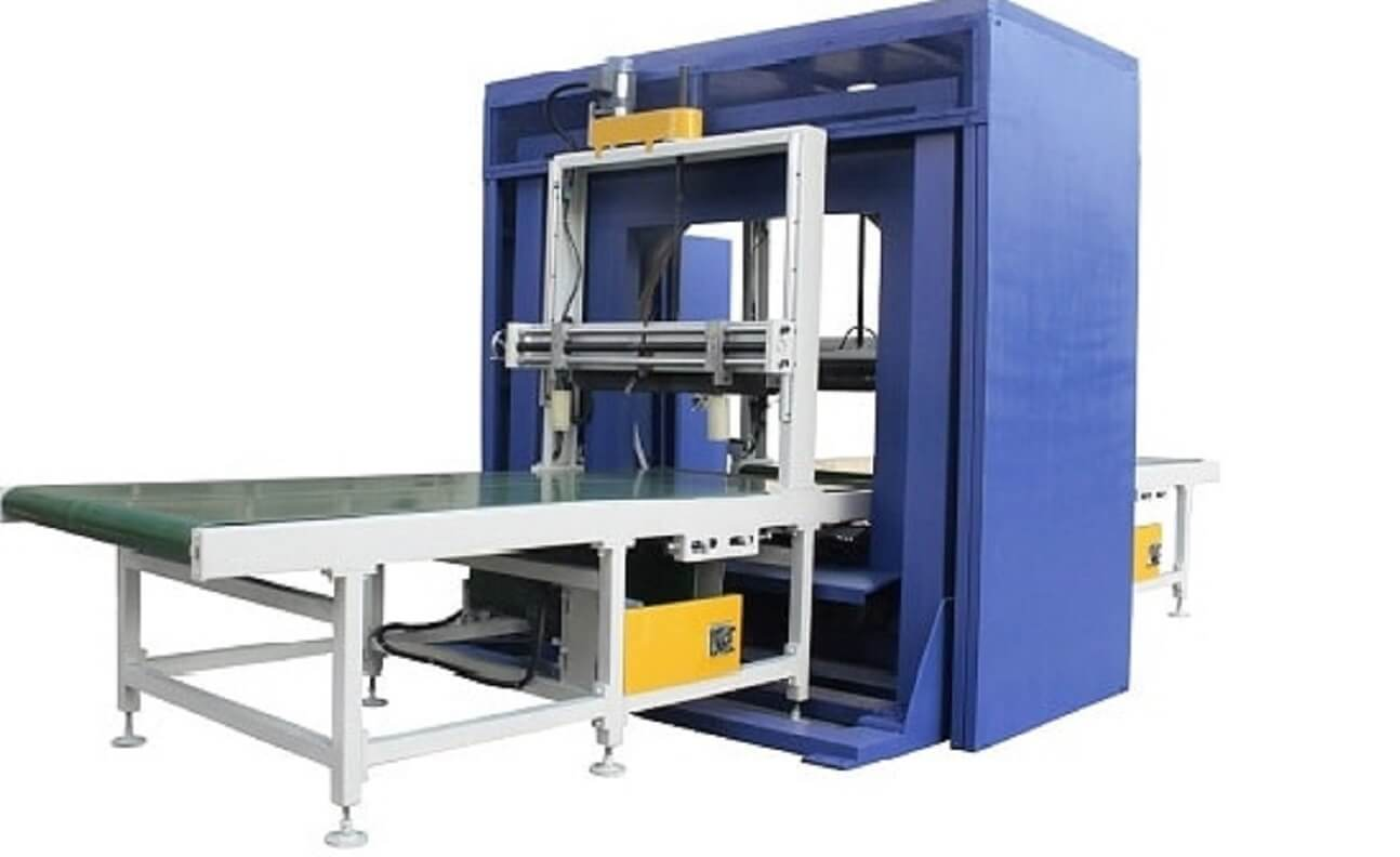Horizontal spiral wrapping machine is the good packing solution for doors and furniture